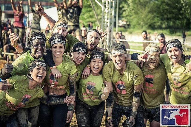 Still full of energy, even after the monkeybar. #spartanrace #orte #hardworkpaysof #pushyourlimits #pleasureoverpain #urbanspartanteam #genevaurbanspartan