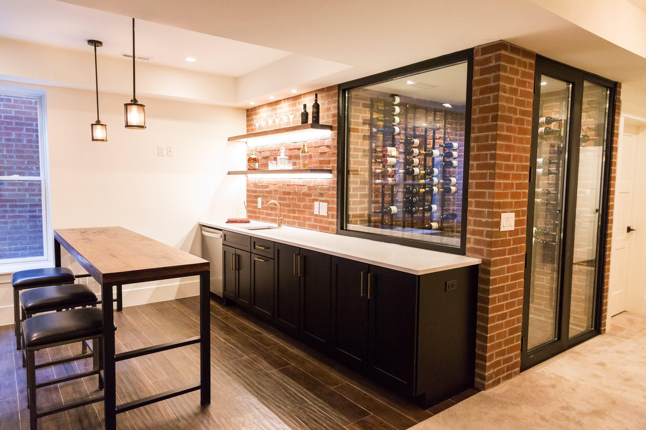 525 basement bar 2.jpg
