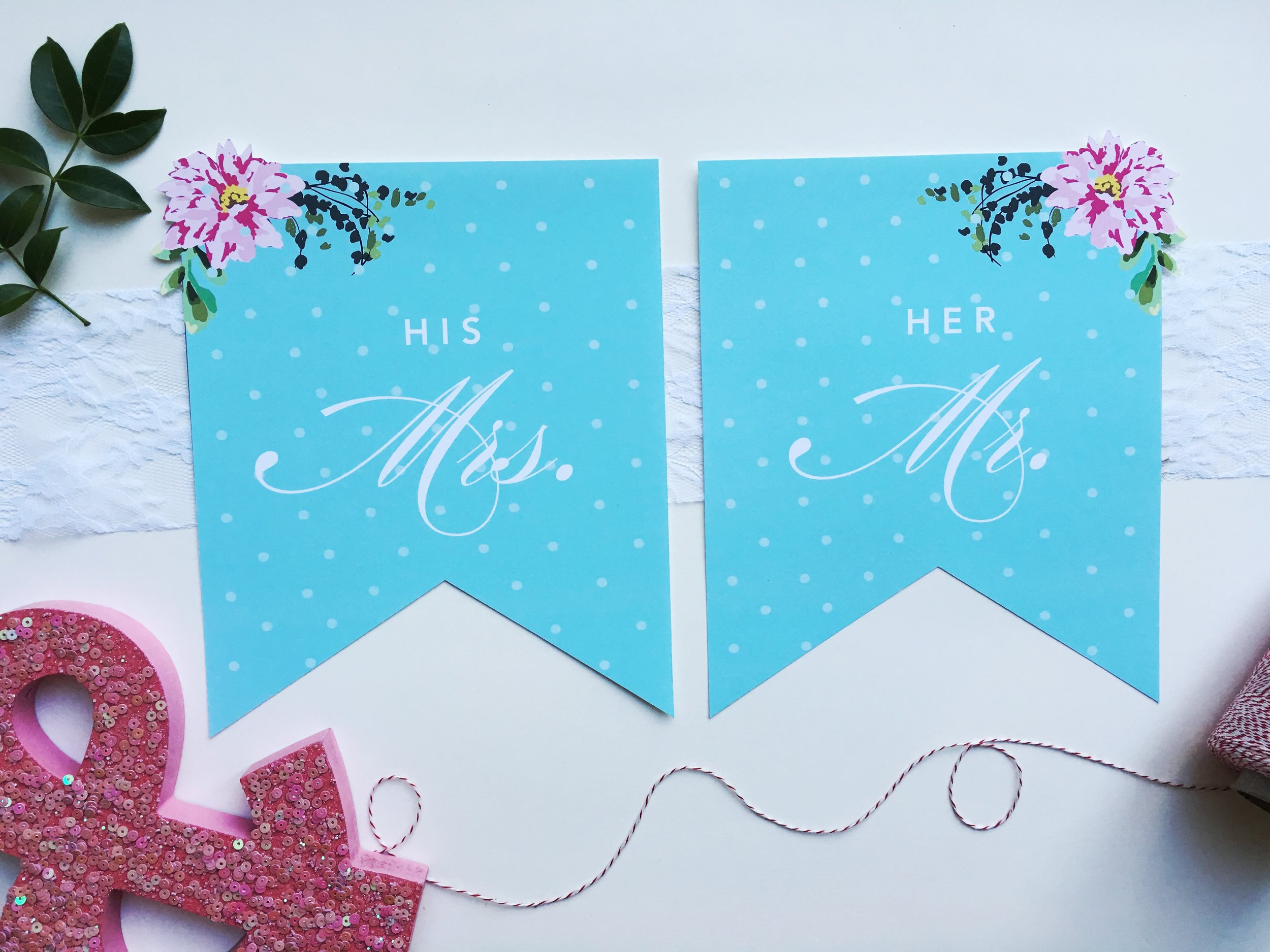 Rita-Alexis-Design-Mr-Mrs-Sign-Floral.jpg