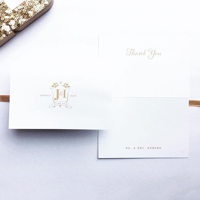 Jessica and Ivan continued their classic and romantic wedding with these simplistic yet gorgeous thank you cards. It fit perfectly with their save the dates, invitations, and wedding day stationery. Seemlessly romantic! Check out the blog for more details! www.ritaalexisdesign.com/blog⠀