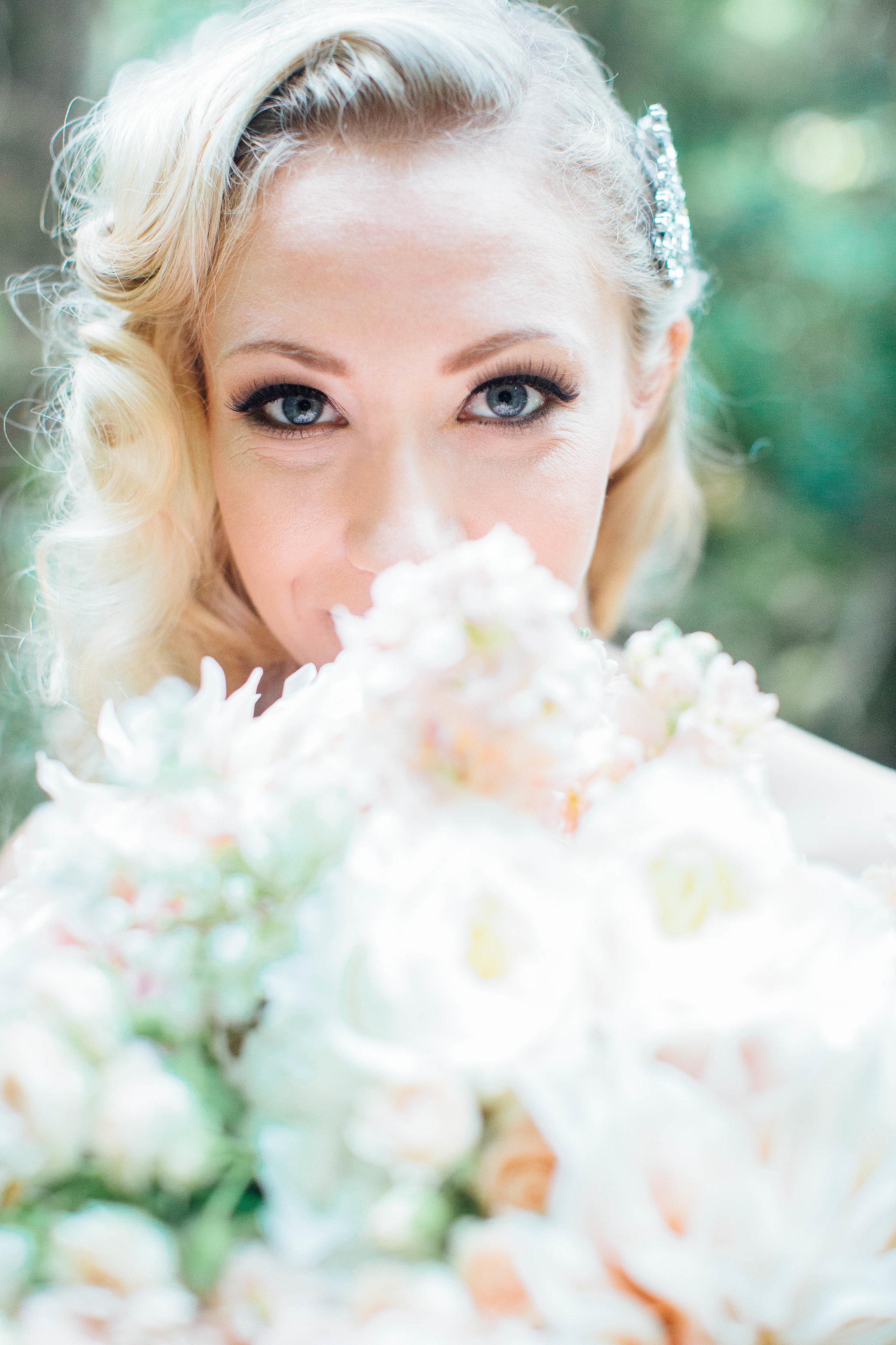 bellingham-wedding-backayard-by-seattle-wedding-photographer-adina-preston-21.jpg