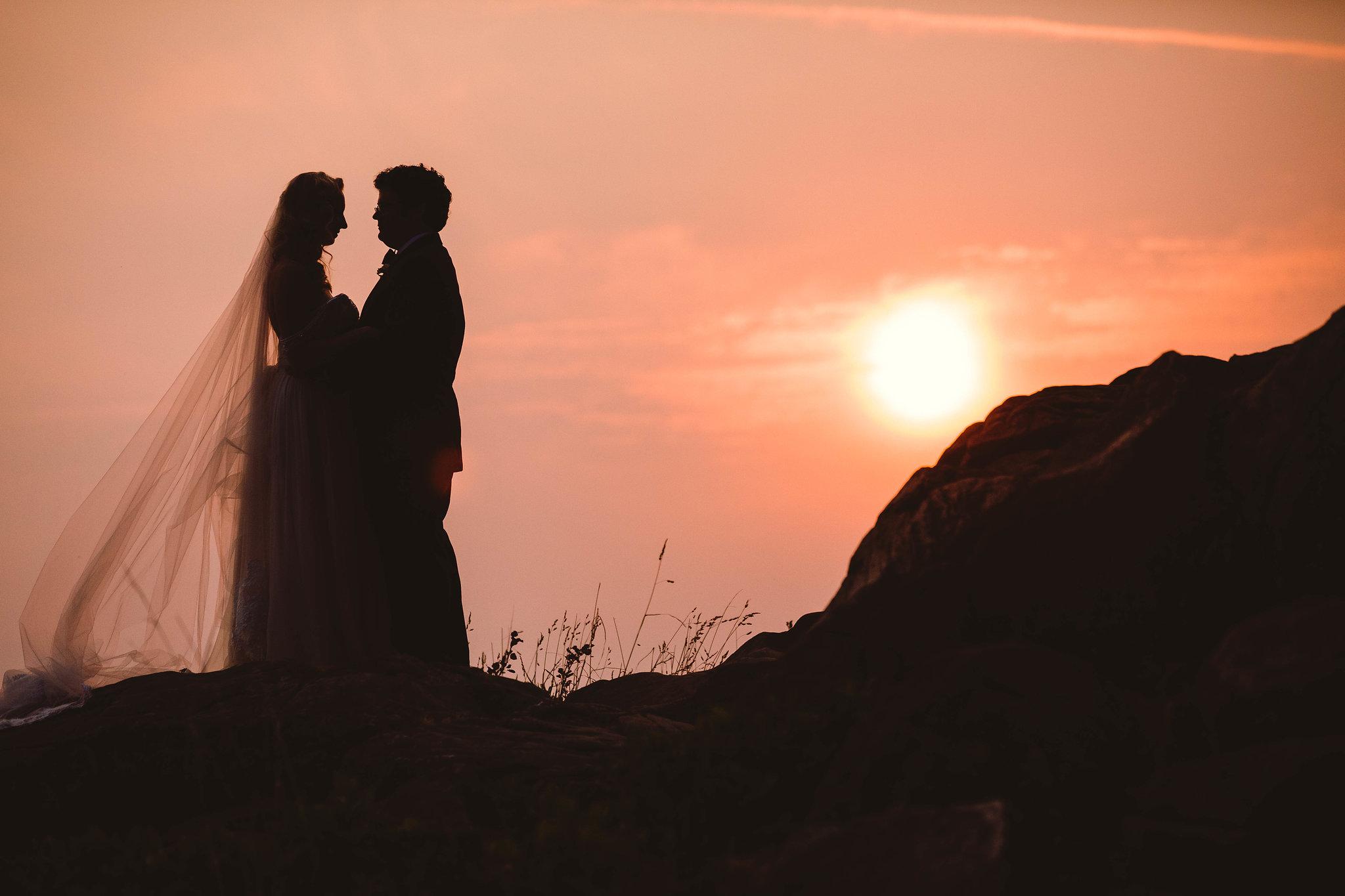 bellingham-wedding-backayard-by-seattle-wedding-photographer-adina-preston-34.jpg