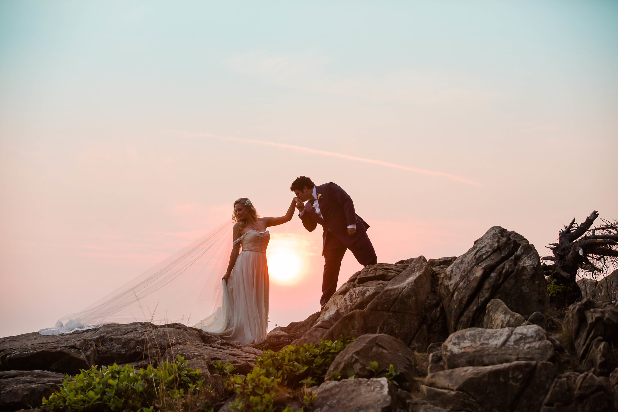 bellingham-wedding-backayard-by-seattle-wedding-photographer-adina-preston-35.jpg