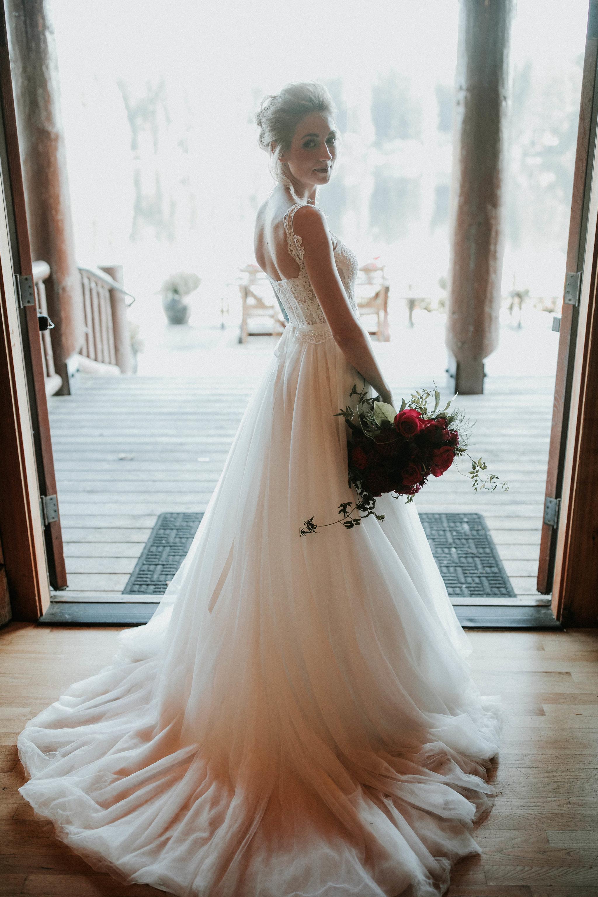 Crystal_Lake_lodge_Wedding_photos_by_Adina_Preston_Weddings_2.JPG