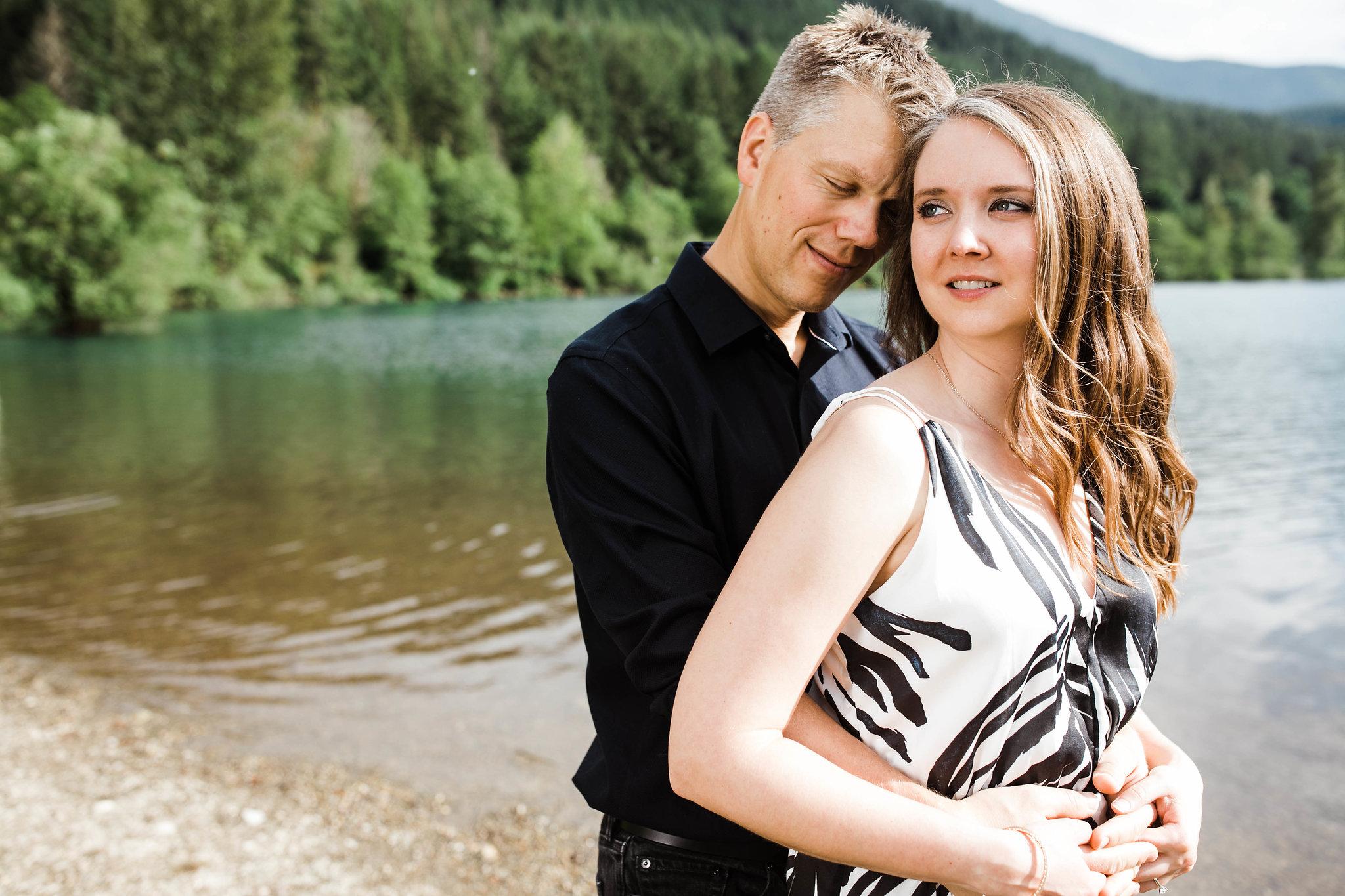 Eivind+Elyse_Engagement_Rattlesnake_lake_ridge_Seattle_Photographer_Adina_Preston_Weddings_33.JPG