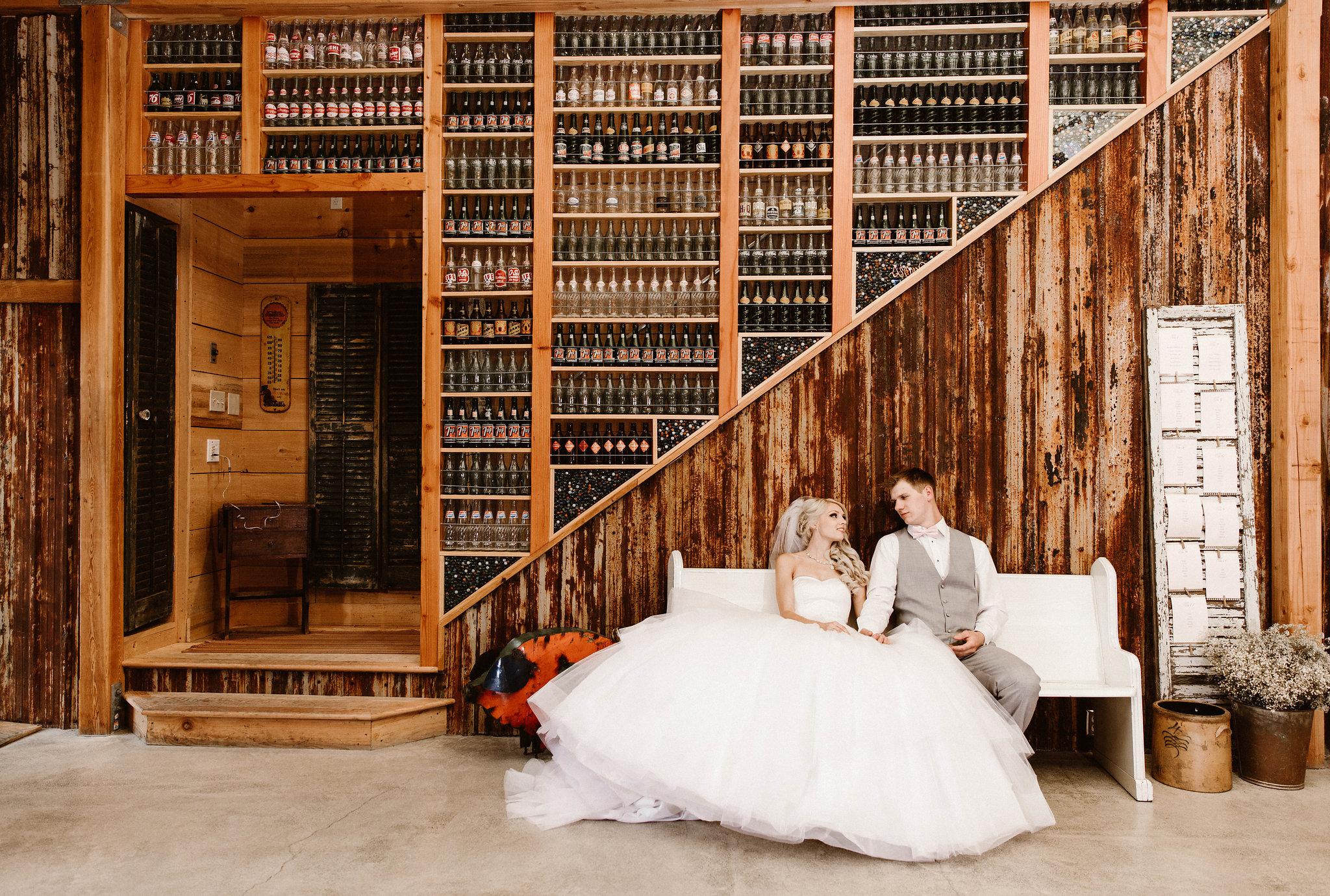 red-tree-barn-poulsbo-wedding-venues-Seattle-photographer-adina-preston-13.jpg