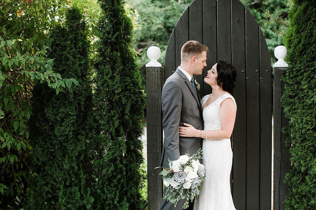 The_Green_Gates_at_Flowing_Lake_Wedding_Alissa+Dan_by_Adina_Preston_Weddings_1215.JPG