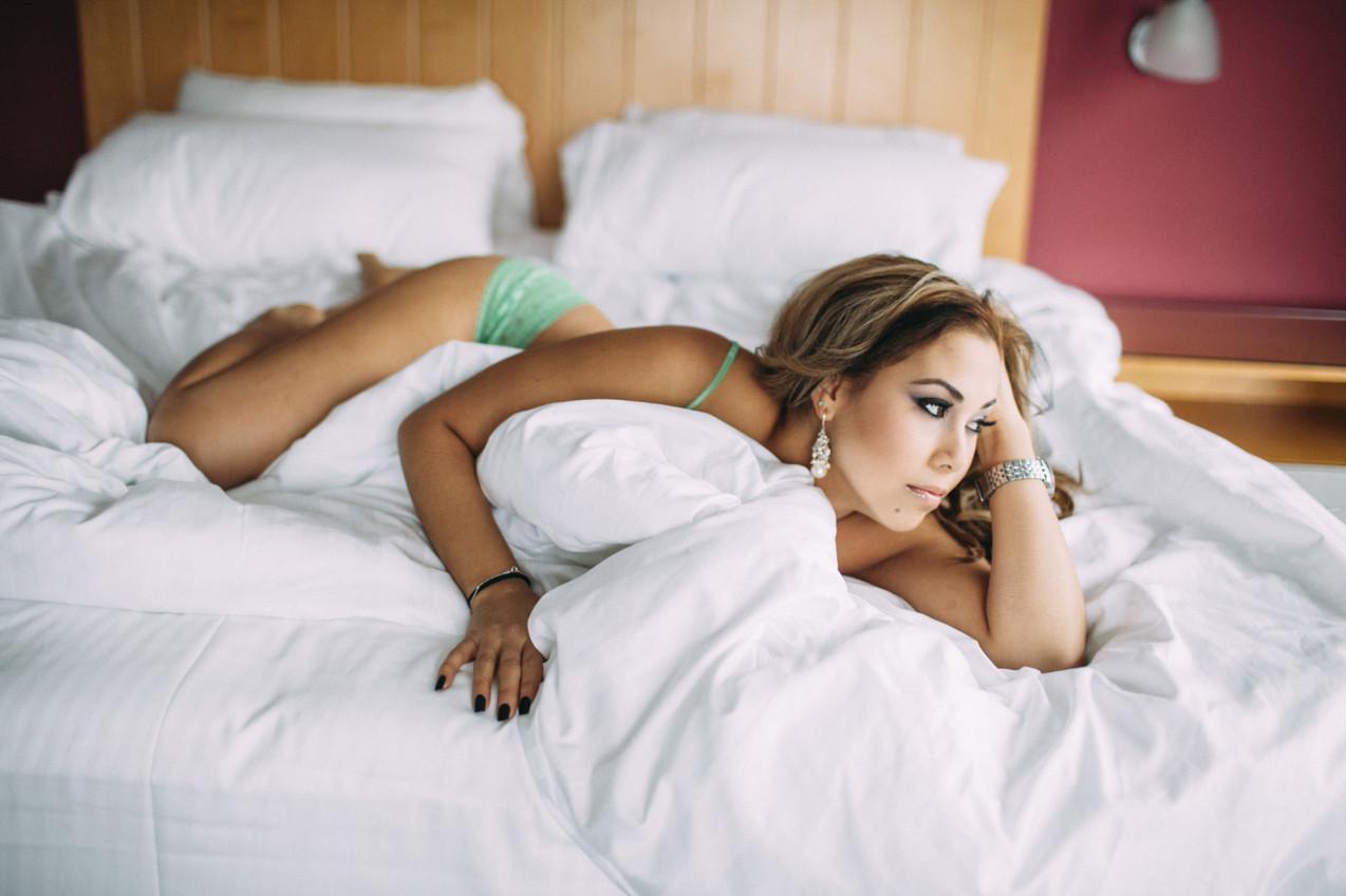 ottawa-boudoir-photographer-05-1274x849.jpg