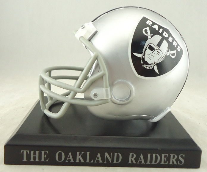 Oakland Raiders - 110049, Football Helmet Replica.JPG
