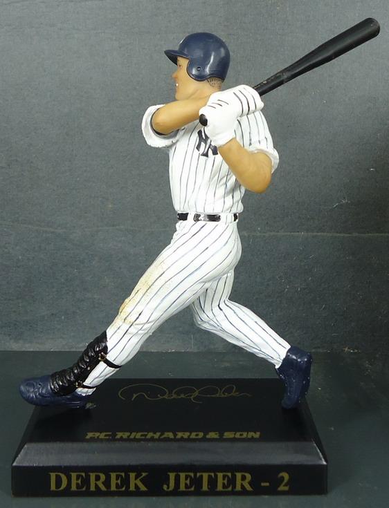 NY Yankees - Derek Jeter 110849, 6inch Figurine.JPG