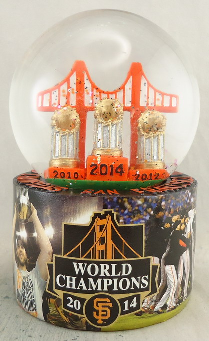 SF Giants -  Snowglobe 111356.jpg