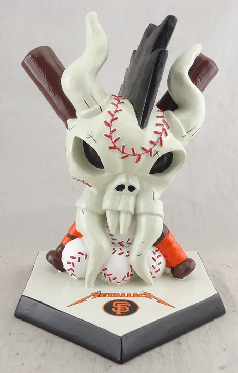 SF Giants - Metallica Statue 112020, 6in.jpg