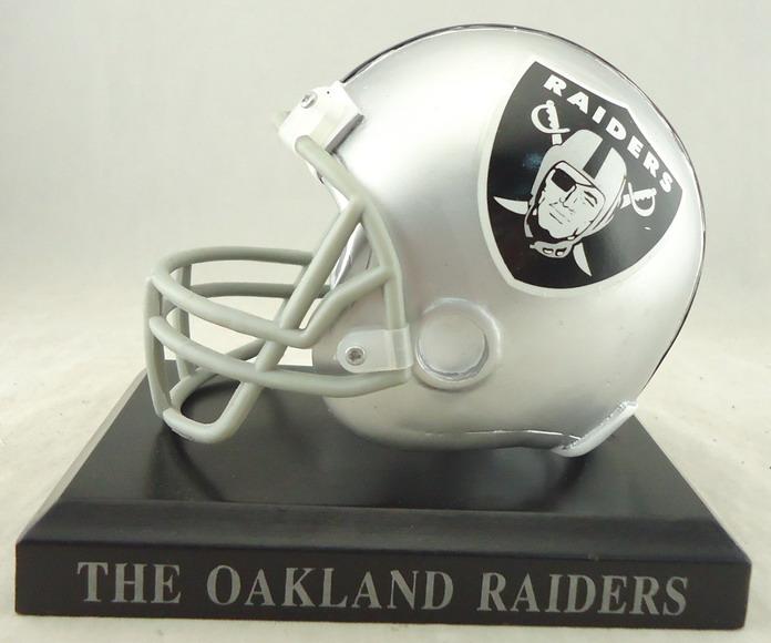Oakland Raiders - 110049, Football Helmet Replica.JPG