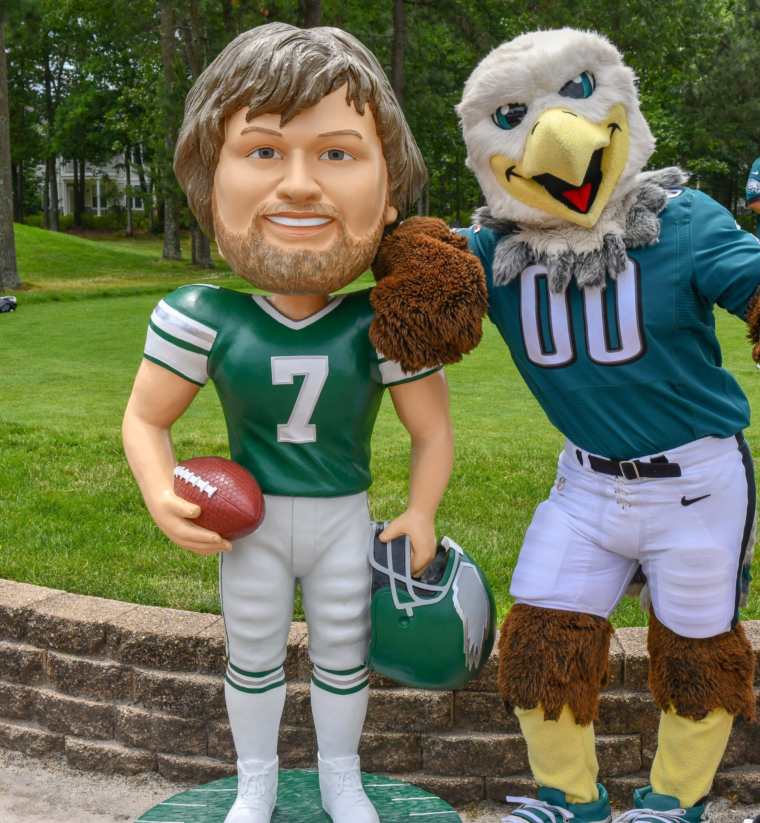 Jaworski with Eagle Mascot.jpg
