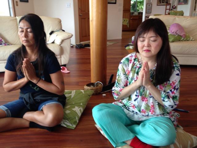 Kiwami-and-Kizuko-praying-my-view-stunnig.jpg