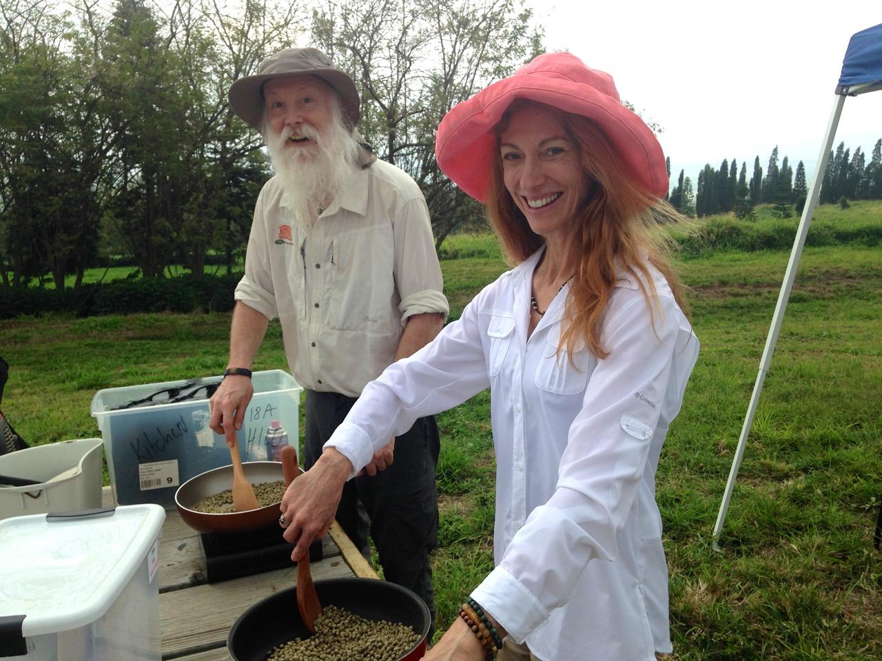 Lisa-and-Taylor-cooking-coffee-FABULOUS.jpg