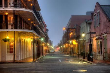 4-New-orleans-bourbon-street.jpg