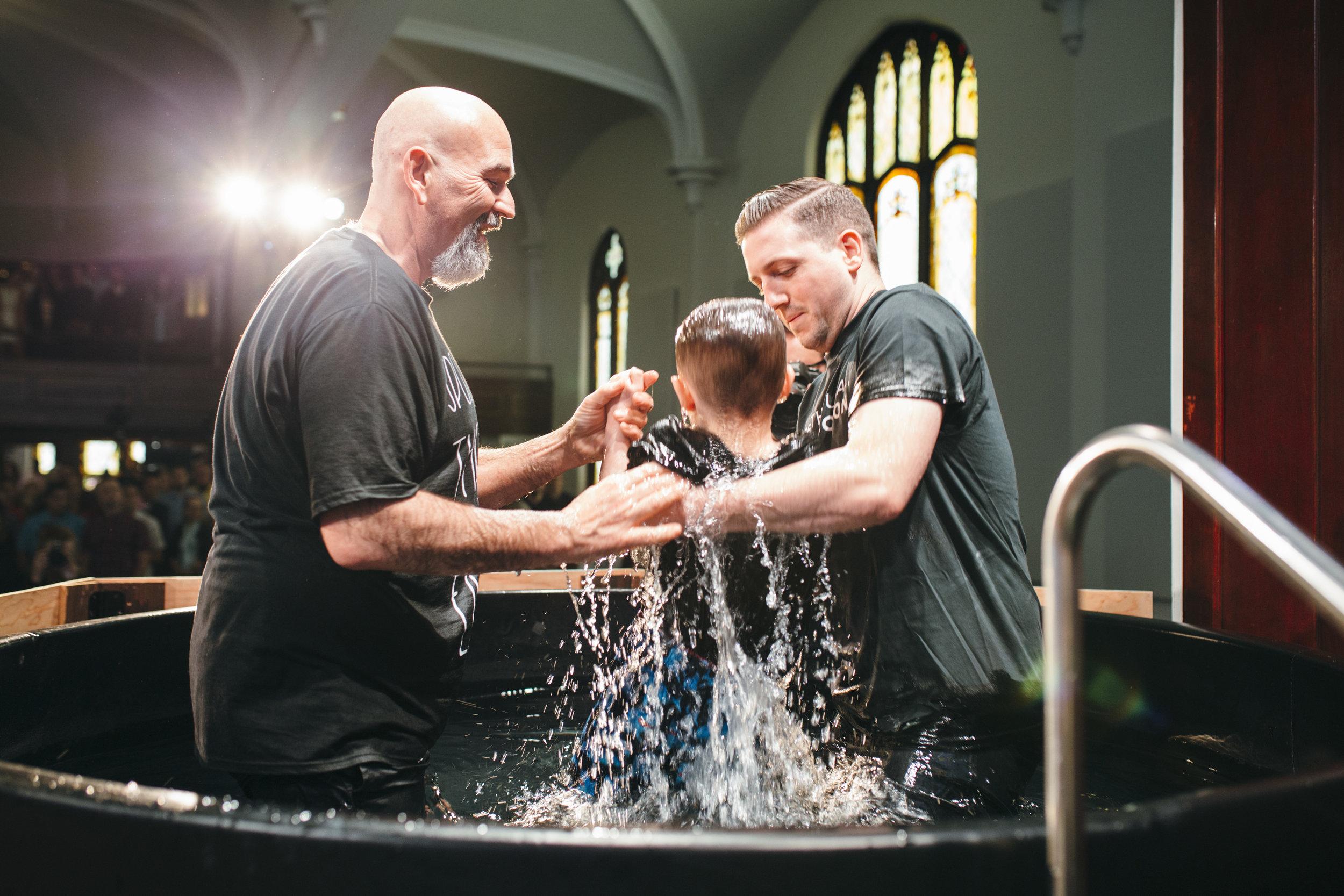 Baptisms_Easter18_20.jpg
