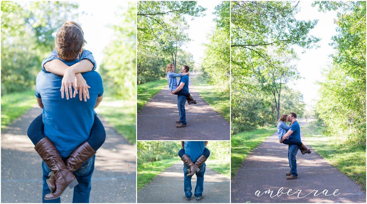 AmberRaePhoto_Engagement_CoonRapids_MN_0004.jpg