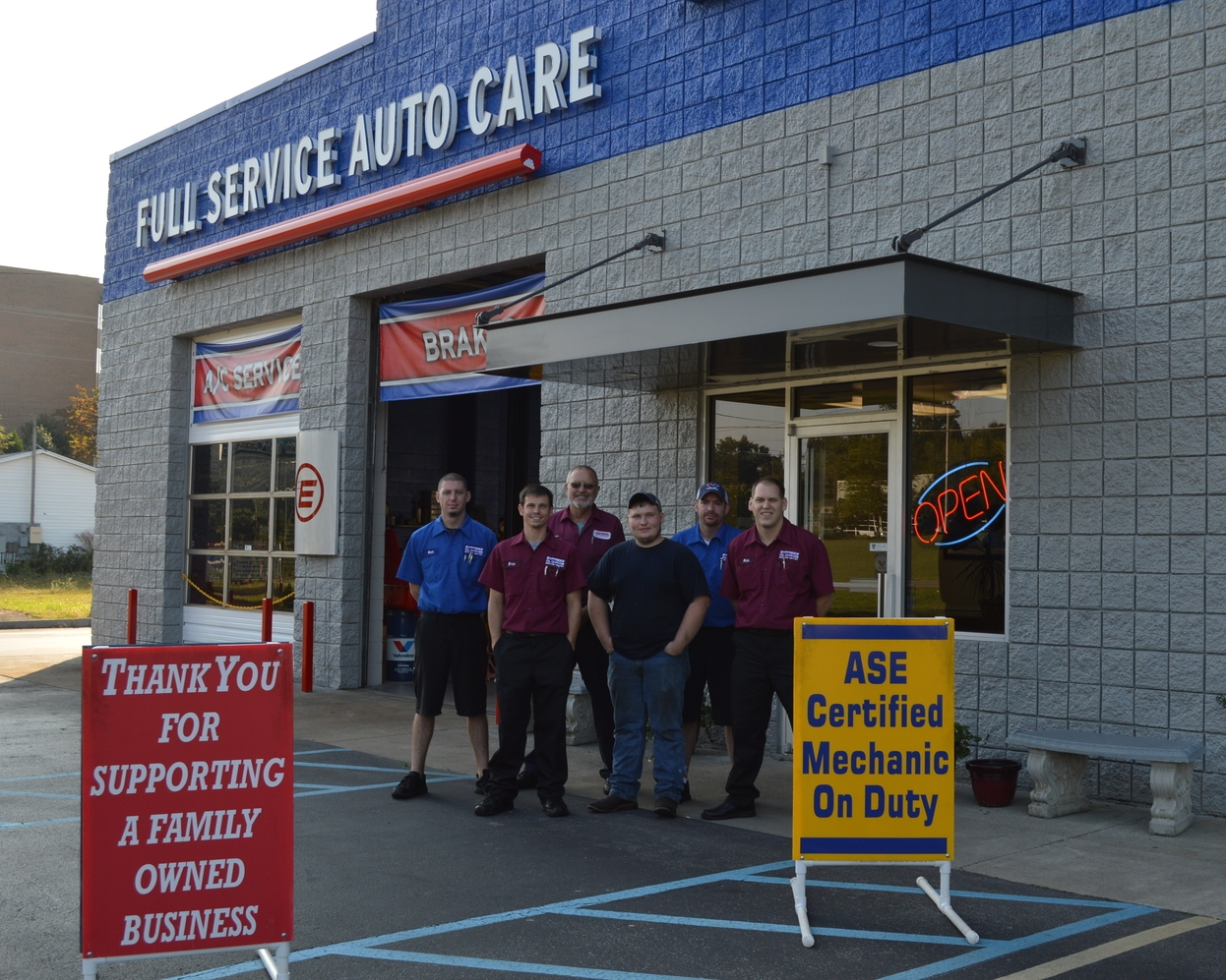 Express Oil Change & Tire Engineers ®  4213 W Stone Drive, Kingsport TN