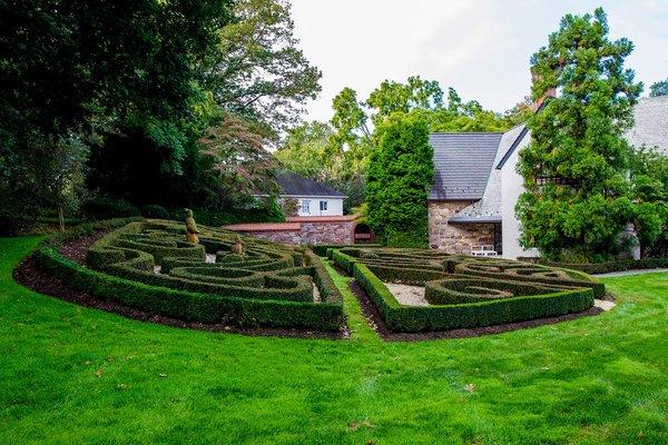 Sculpted rear garden at the home of Tahamtan Ahmadi and Parisa Abdollahi in Rydal, Pennsylvania. (JEFF FUSCO / For the Philadelphia Inquirer)
