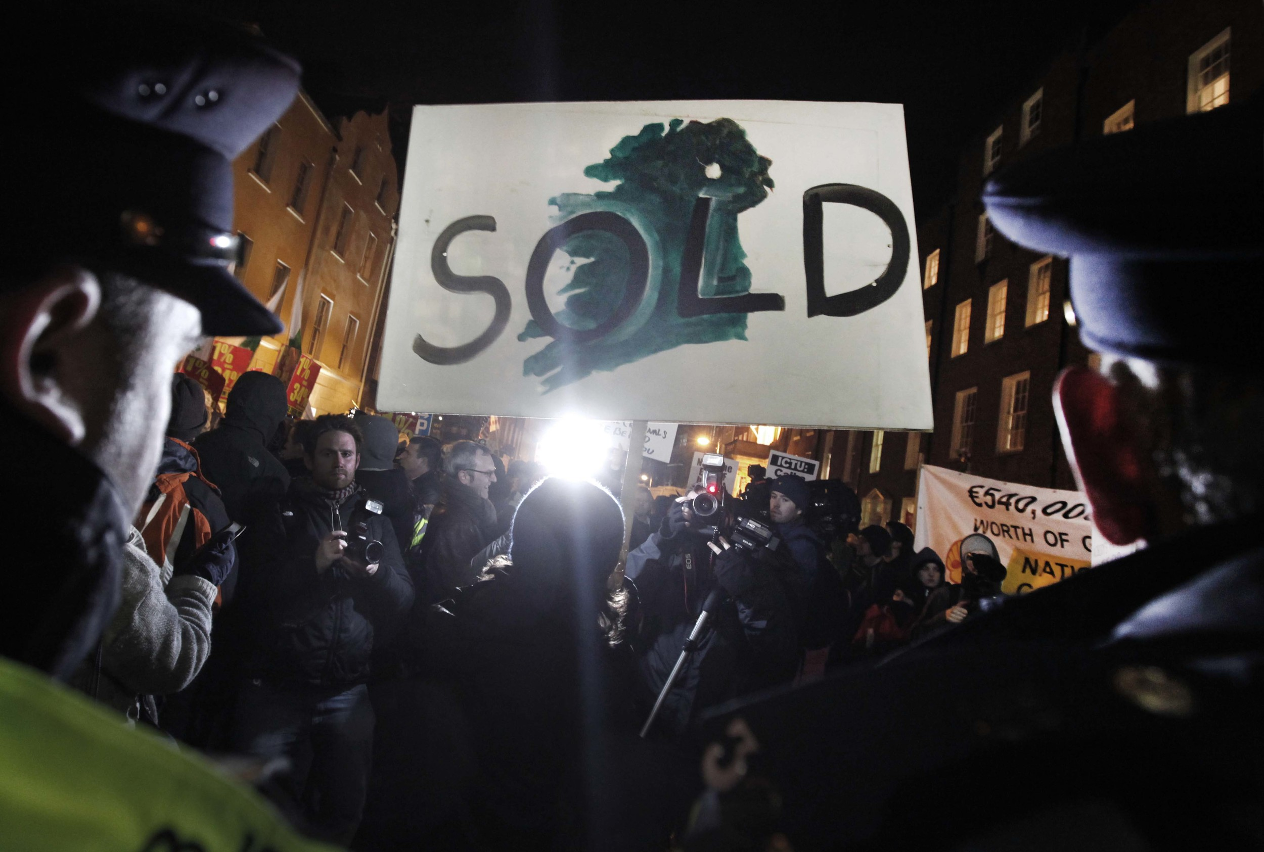 Protest outside the Dail on budget day