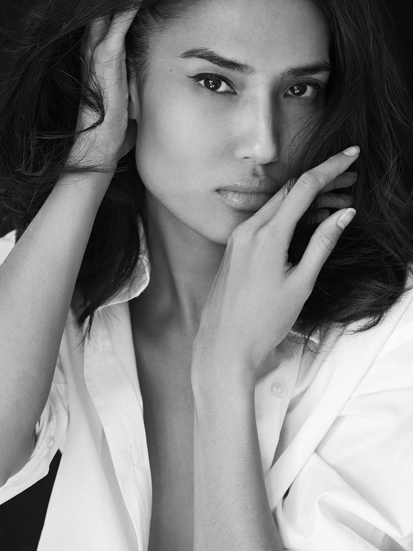 Harten_Nafziger_beauty_photographer_valeri_paumelle_agent (42).jpg