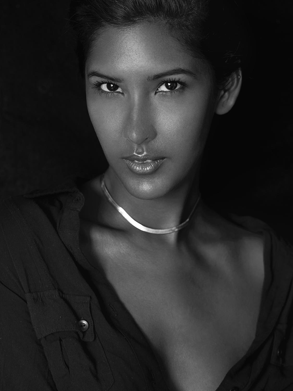 Harten_Nafziger_beauty_photographer_valeri_paumelle_agent (44).jpg