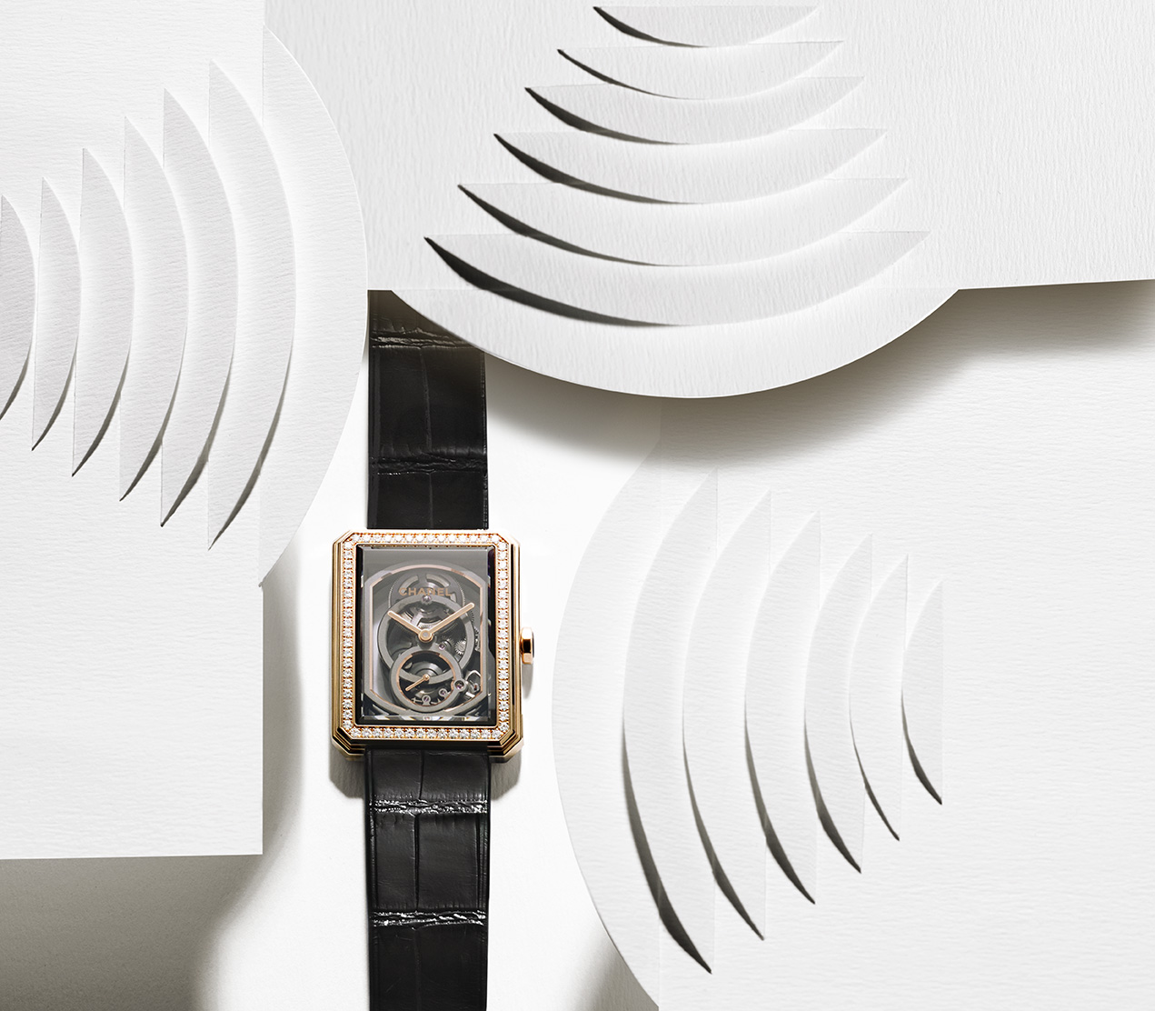 LHONORE_Chanel_nicolas_mingalon_valerie_paumelle_agent_still_life_photographer_nature_morte_jewelry_watches.jpg