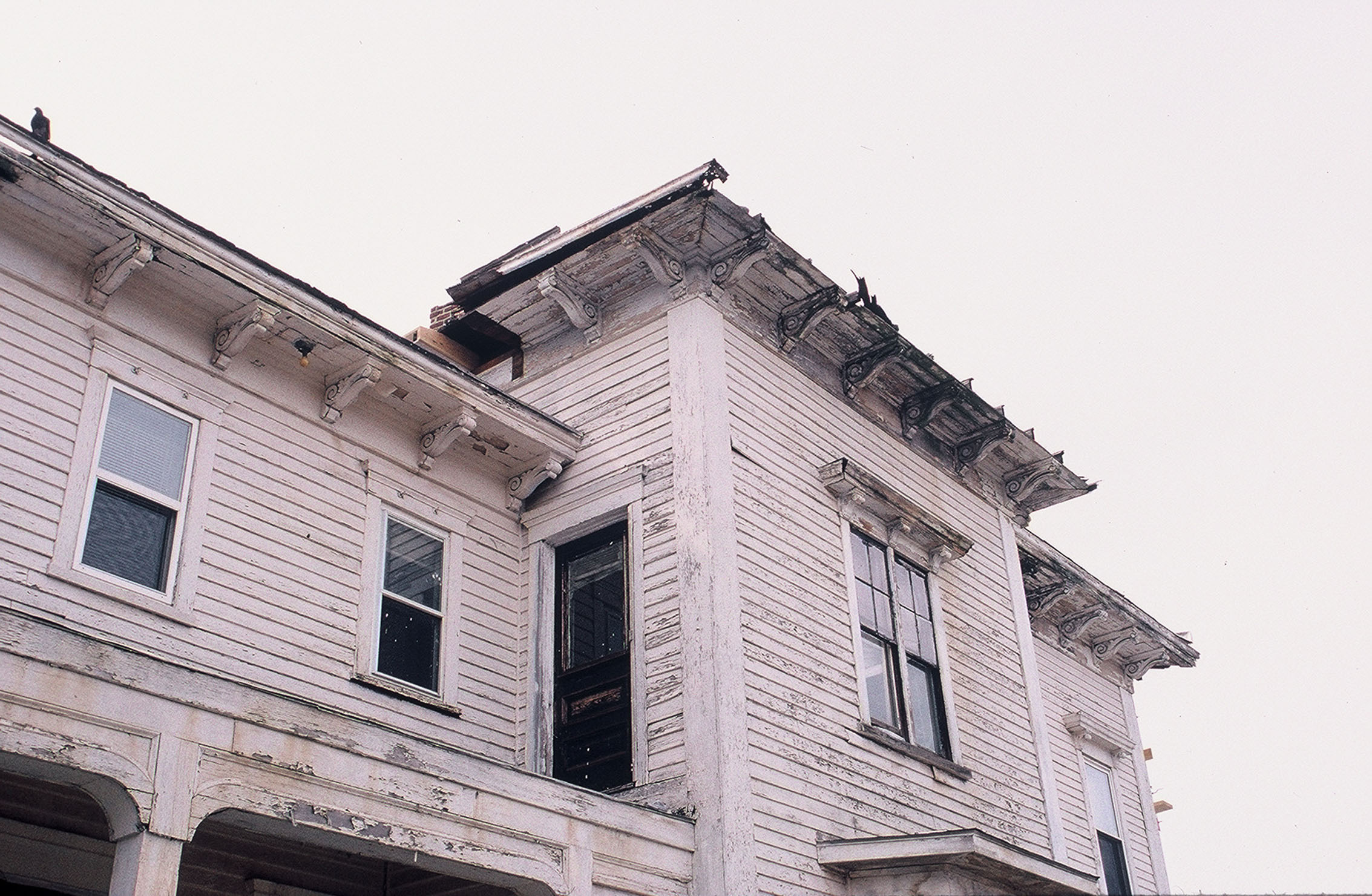 Deteriorating cornice and roof, 2002  Photo credit: Clark Schoettle, Providence Revolving Fund