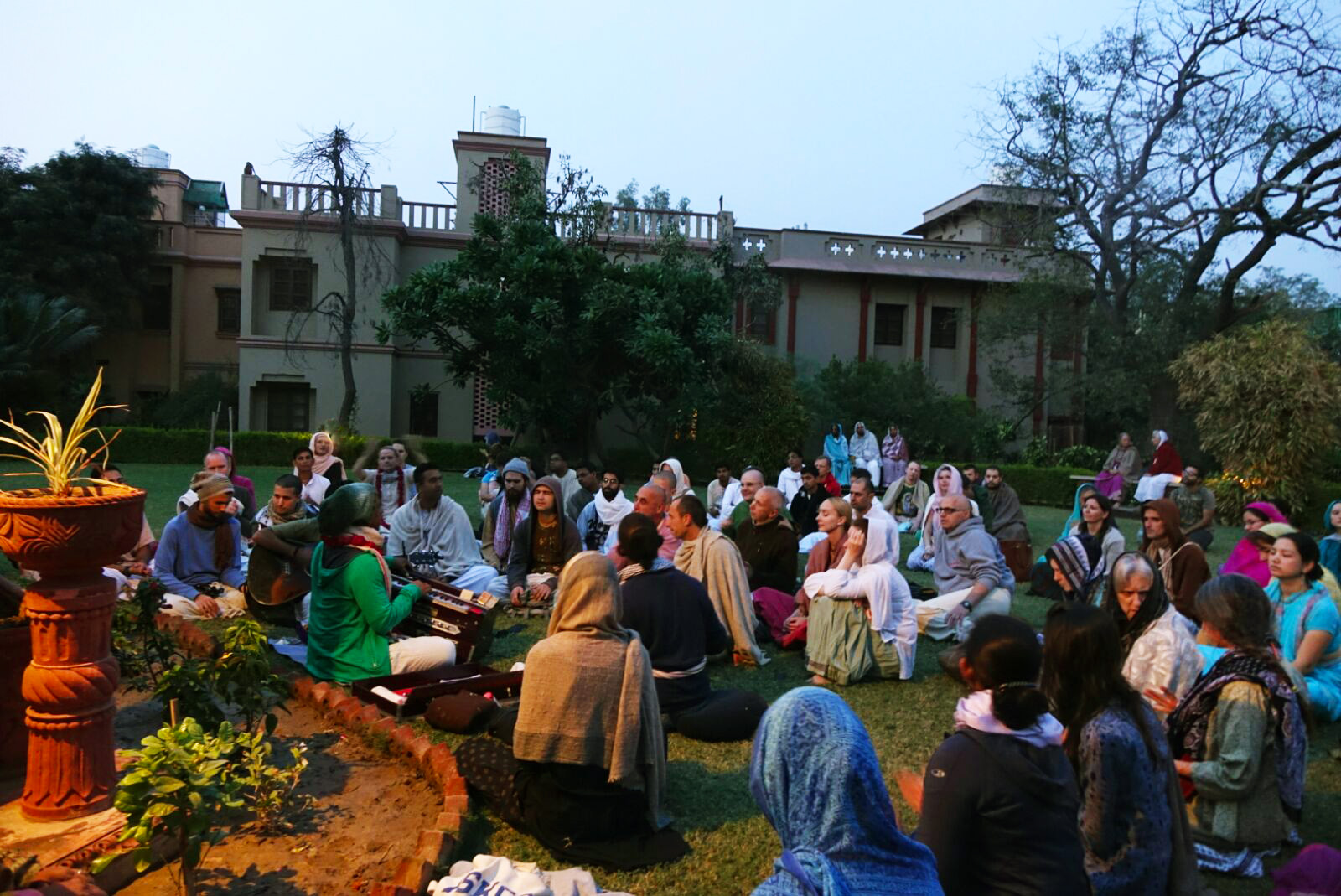 Sunset kirtan with Madhava in Vrindavan