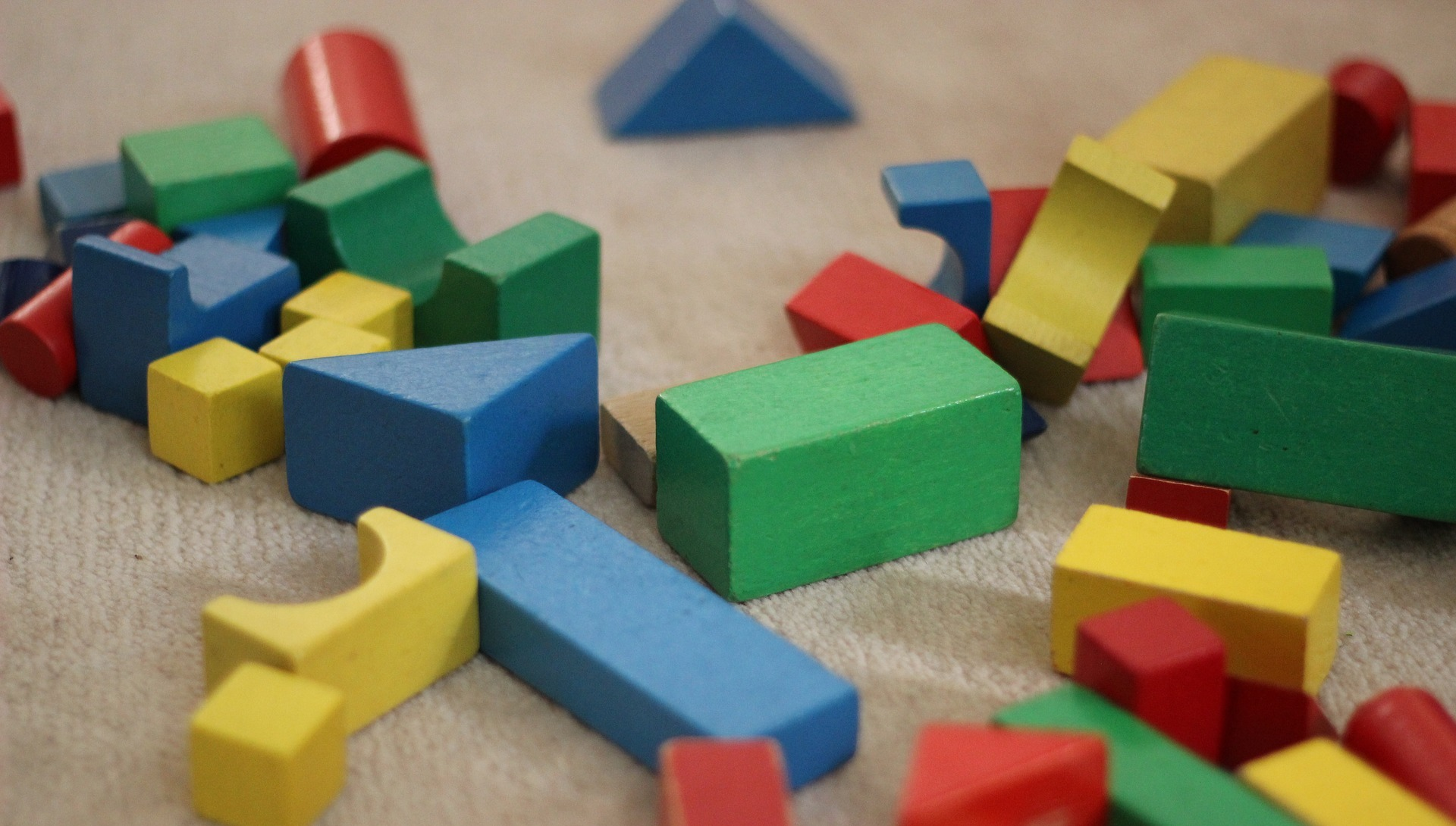 building-blocks-1563961_1920.jpg