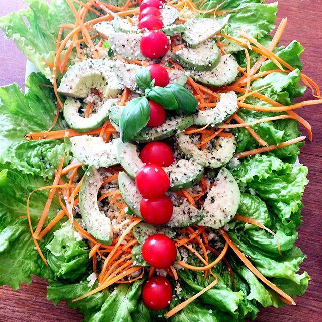It's alive! 💚🌱☘️🍃🍀 #raw #vegan #yum