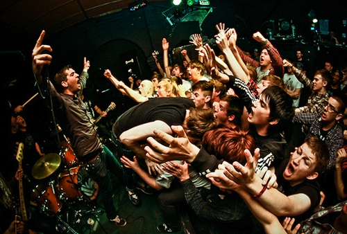 Defeater band.png