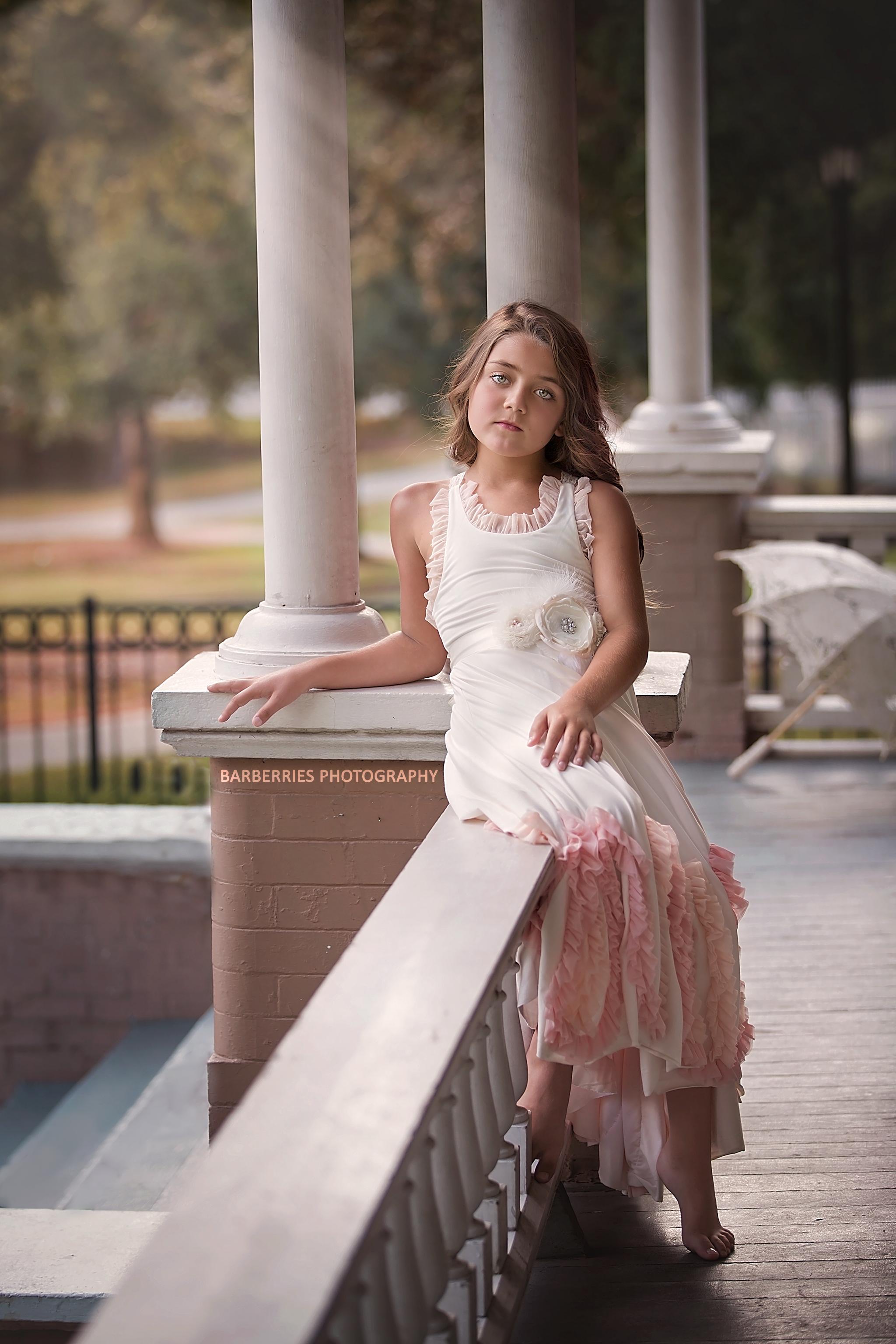 houston-child-fashion-photographer-frilly-frocks.jpg