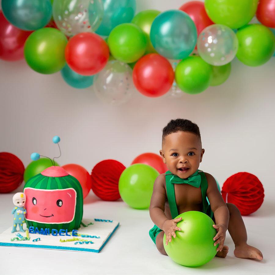 houston-smash-cake-photographer-studio.jpg