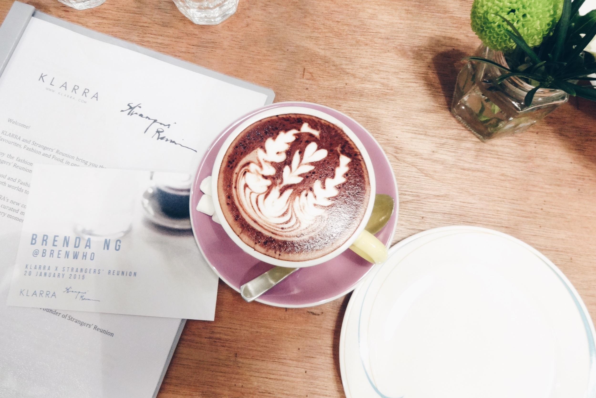 Strangers' Reunion – Hot chocolate