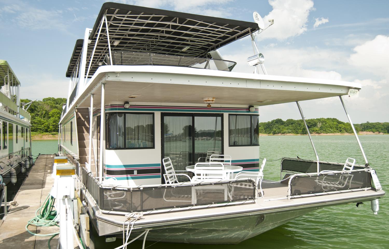 houseboat sale.jpg