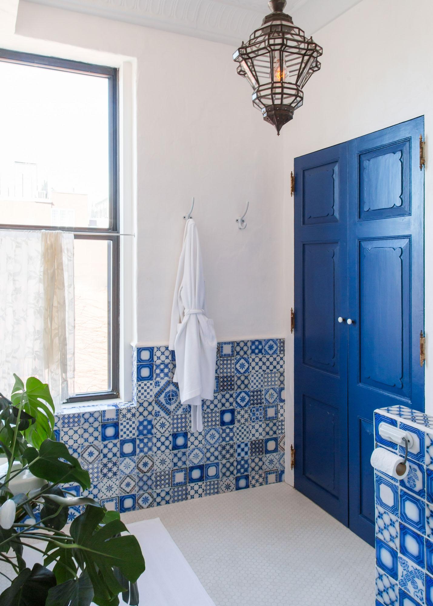 guest_bathroom_03.jpg