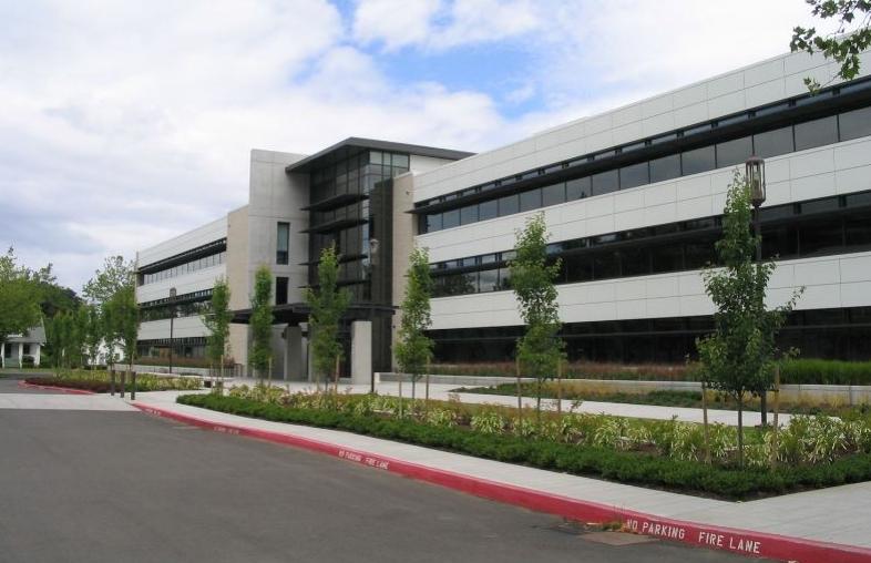 North Mall Office Building | Salem, Oregon