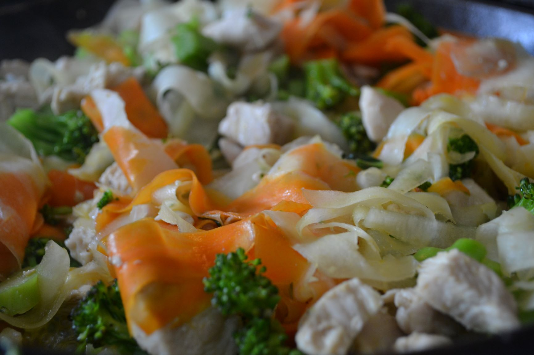Healthy chicken garlic stir-fry.JPG