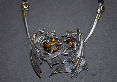double_dragon_pendant.jpg