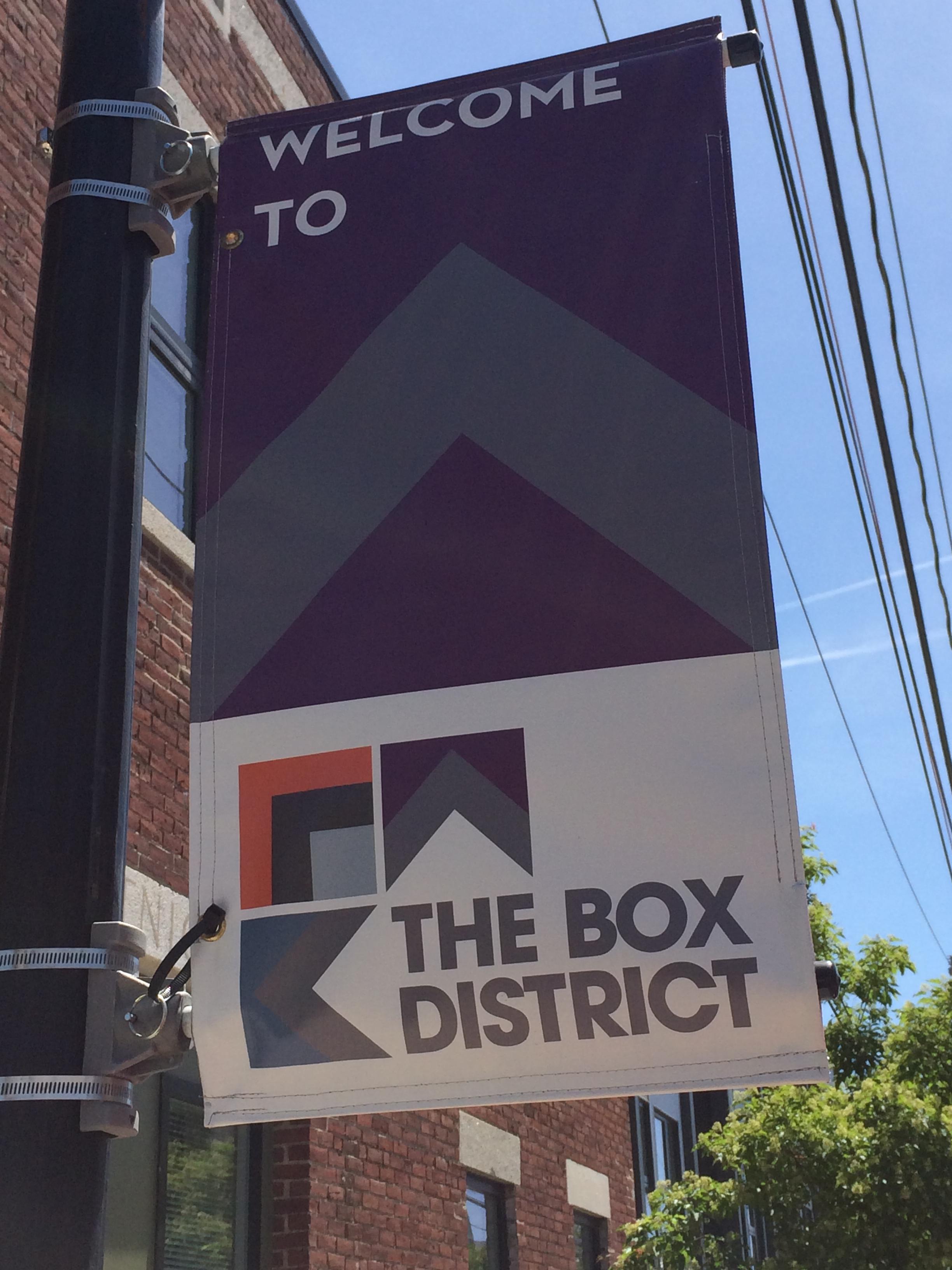 BoxDistrictSign