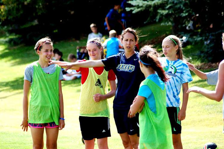 Girls+Coach.jpg