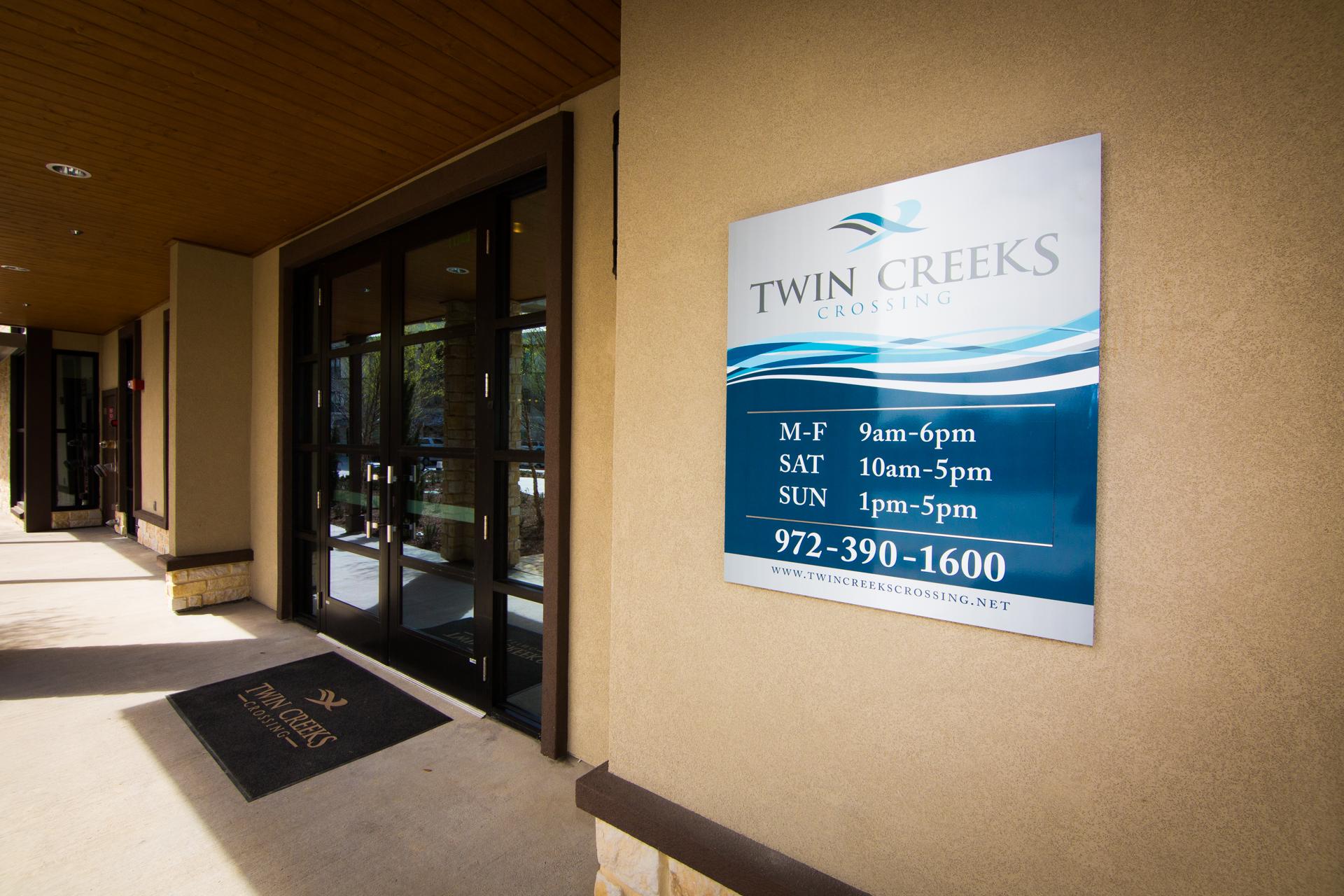 2015-03-26-Twin Creeks Apartments web-7.jpg