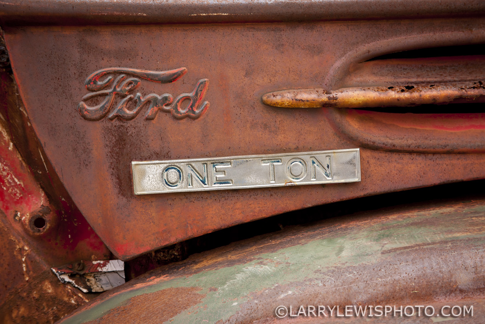 Ford-OneTon.jpg