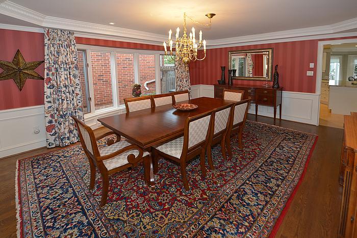 diningroom_700.jpg