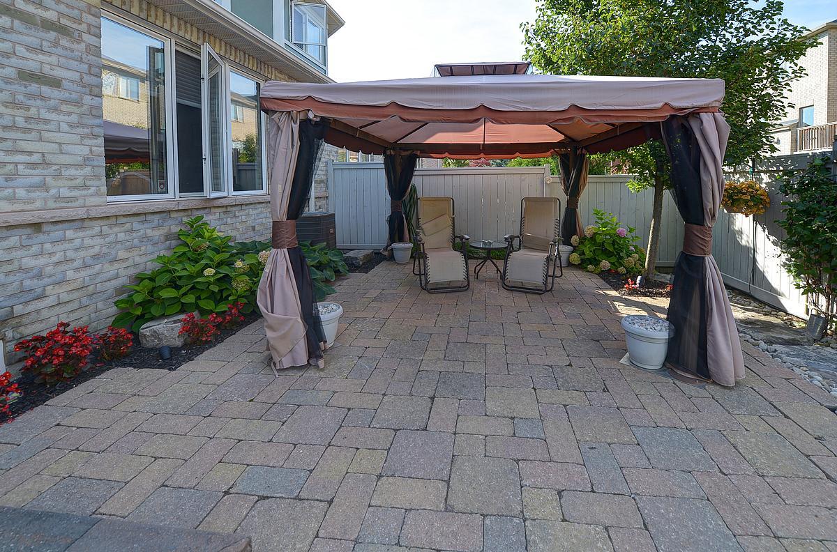 patio2_1200.jpg