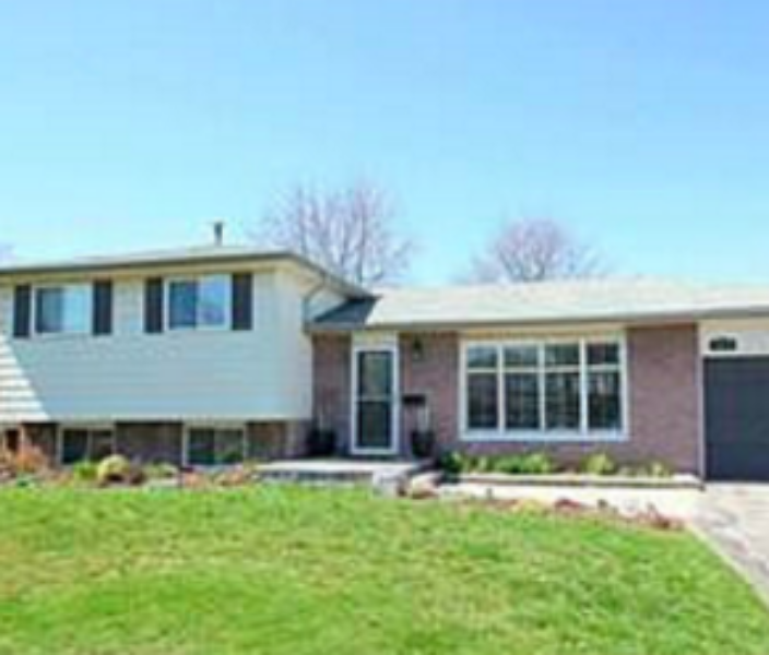 SOLD | 2217 Urwin Cres| West Oakville | Fully Renovated, Beautiful Patio & Garden