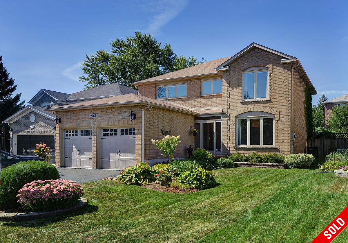 SOLD Clearview Oakville | Superb four bedrm | In ground Pool. Fabulous Basement